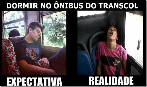 Dormir no ônibus do Trancol