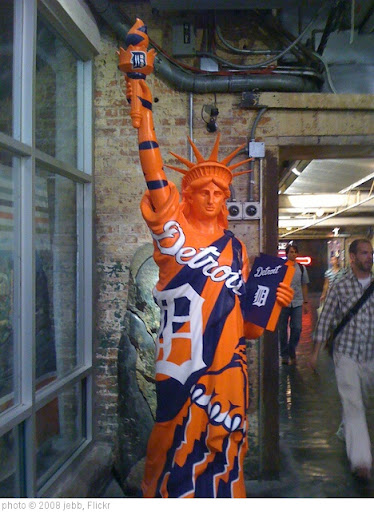 'Detroit Tigers Statue of Liberty in Chelsea Market' photo (c) 2008, jebb - license: http://creativecommons.org/licenses/by-sa/2.0/