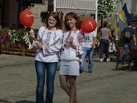 Fete din Lvov, Ucraina