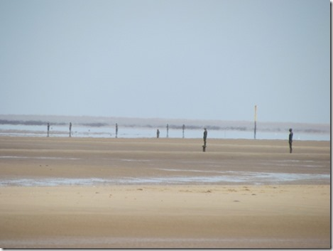 Anthony Gormley's figures on the beach