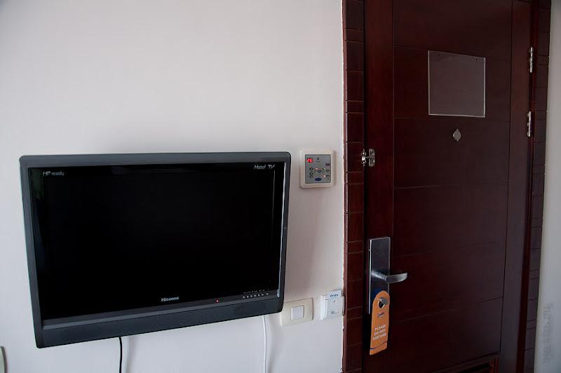 Отель Caribean World Resort Soma Bay. Хургада. Египет. Телефизор - непременный атрибут каждого номера. Было 2-3 русских канала.