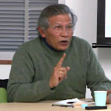 講演会の参加者に語りかけるRiwanto氏 / Mr. Riwnato shared his point of views with the participants of the meeting.