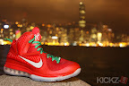 nike lebron 9 gr christmas 4 09 kickz Throwback Thursday: Look Back at LBJs 2011 Christmas Shoes