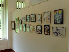 Desene facute cu pixul expuse la salonul de grafica organizat de asociatia artistilor plastici din Bucuresti