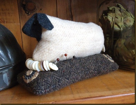 Sheep pin cushion 3