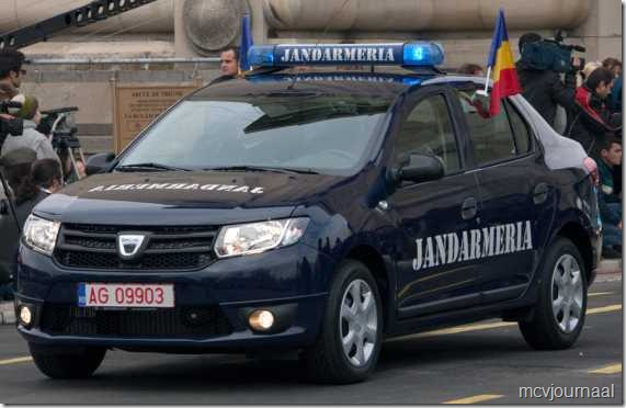 Dacia toont nieuwe modellen aan de overheid 05