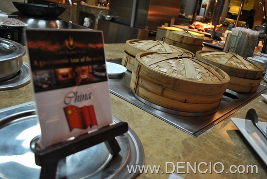 Cafe Ilang Ilang Buffet Manila Hotel 069