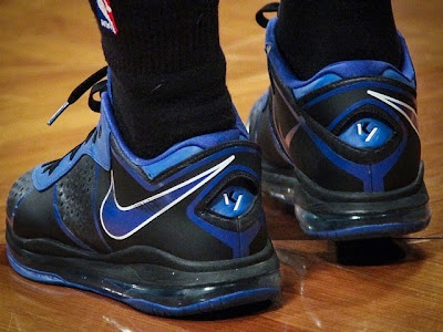 wearing brons nba lebron8 low kyrie irving 03 Kyrie Irving Turns Back the Clock and Goes Back to LeBron 8 V/2 Low