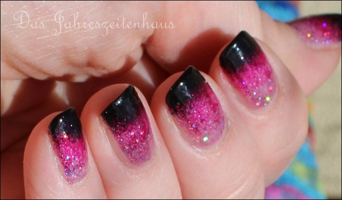 Black Pink Glitter Gradient Nails 4