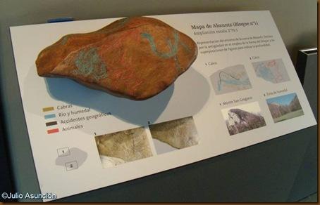Reproducción del  bloque 1 de la cueva de Abauntz - Museo de Navarra