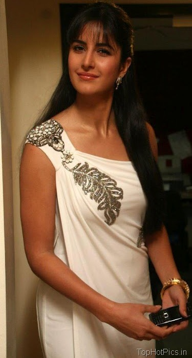 Katrina Kaif Hot Pics in Gorgeous White Dress 5