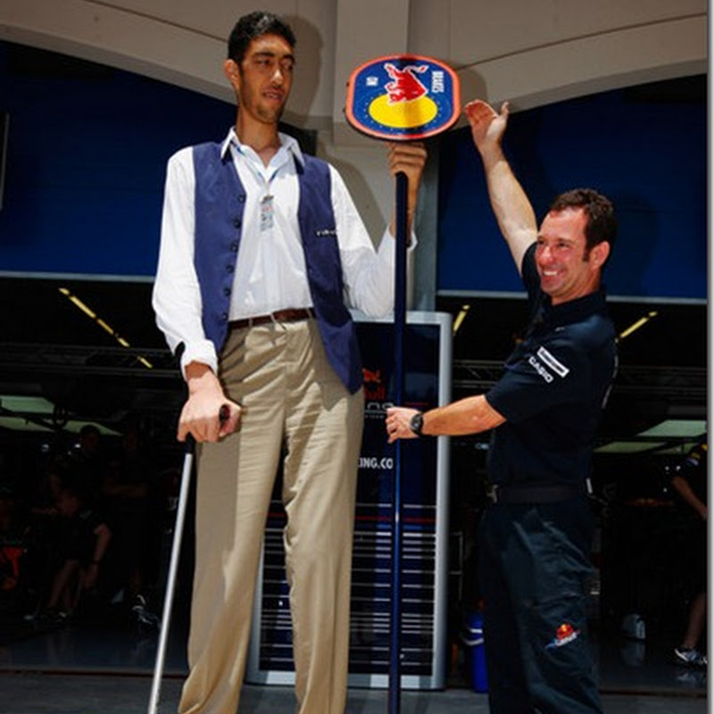 World's Tallest Man Extremely Pissed Off At Belly Putter Ban