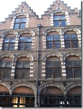 2011.08.07-065 maisons rue de la Monnaie