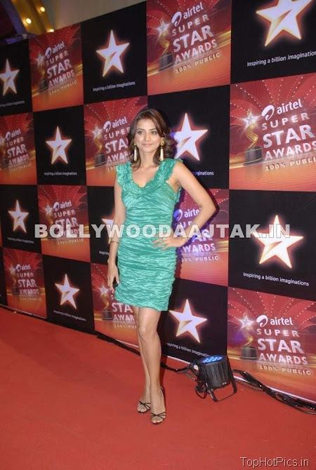 Anjana Sukhani Hot Pics in Golden Dress 1