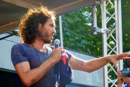 RussellBrand-anti-austerity2-crop-385x250