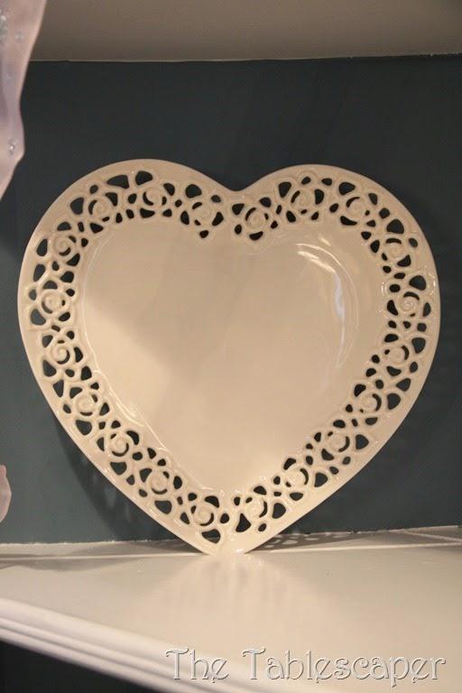 Valentine corner cabinet 067