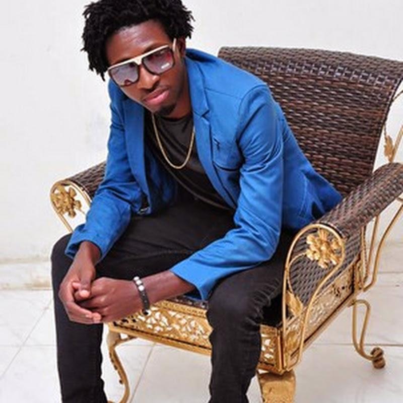 Dj Aka M feat. Ready Neutro–Amiga Dela (AfrokuZulo Mix 2k14) [Download]
