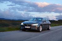 2013-BMW-7-Series-28.jpg