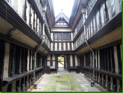 027  The Atrium of the Almshouses