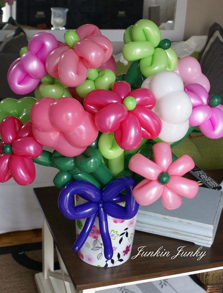 balloon flower bouquet - www.junkinjunky.blogspot.com