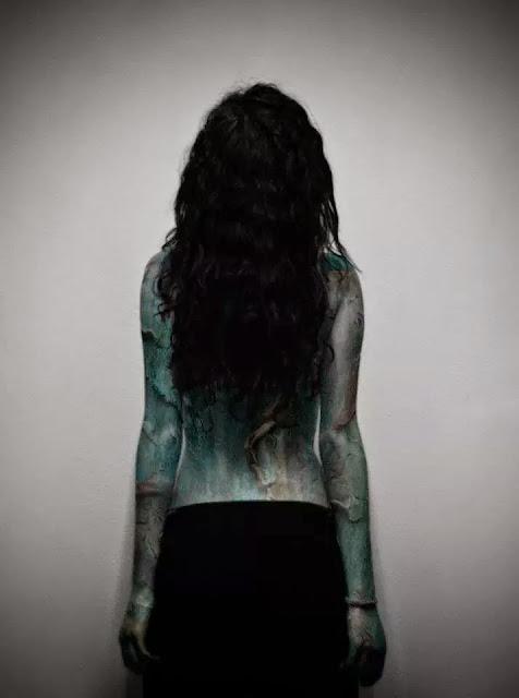 Body art espalda chica