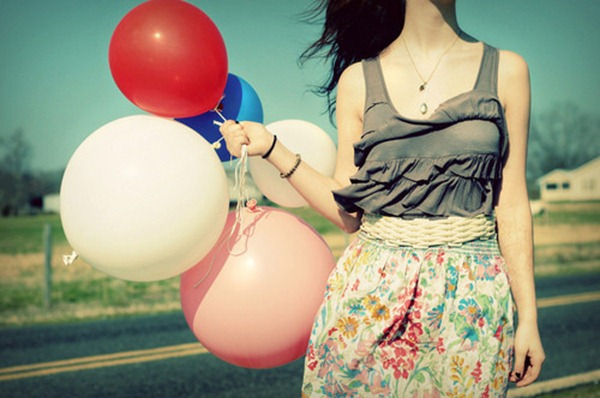 baloon,balloons,balloon,girl,body,colorful-46bd997b1bf65eadadadee55e38d301a_h