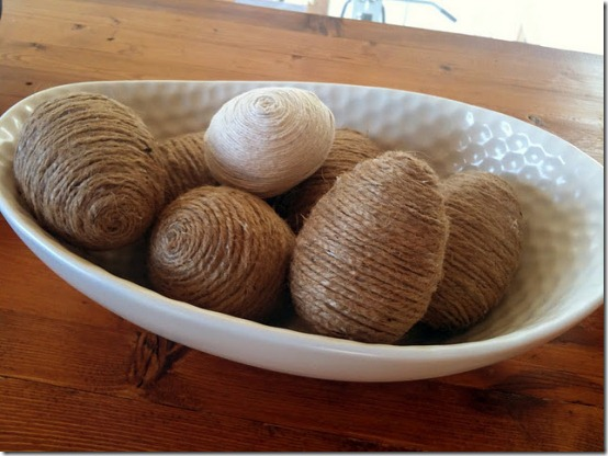 diy projects with jute--make decorative eggs wrapped in jute