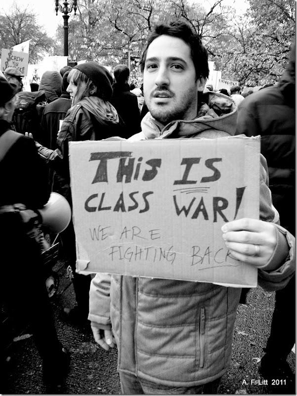 Occupy Portland - N17: Occupy the Banks!  Portland, Oregon.  11:23 AM