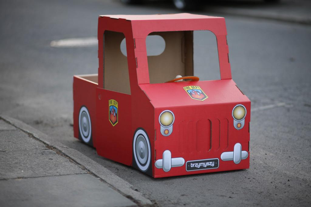 Машина своими руками из коробков