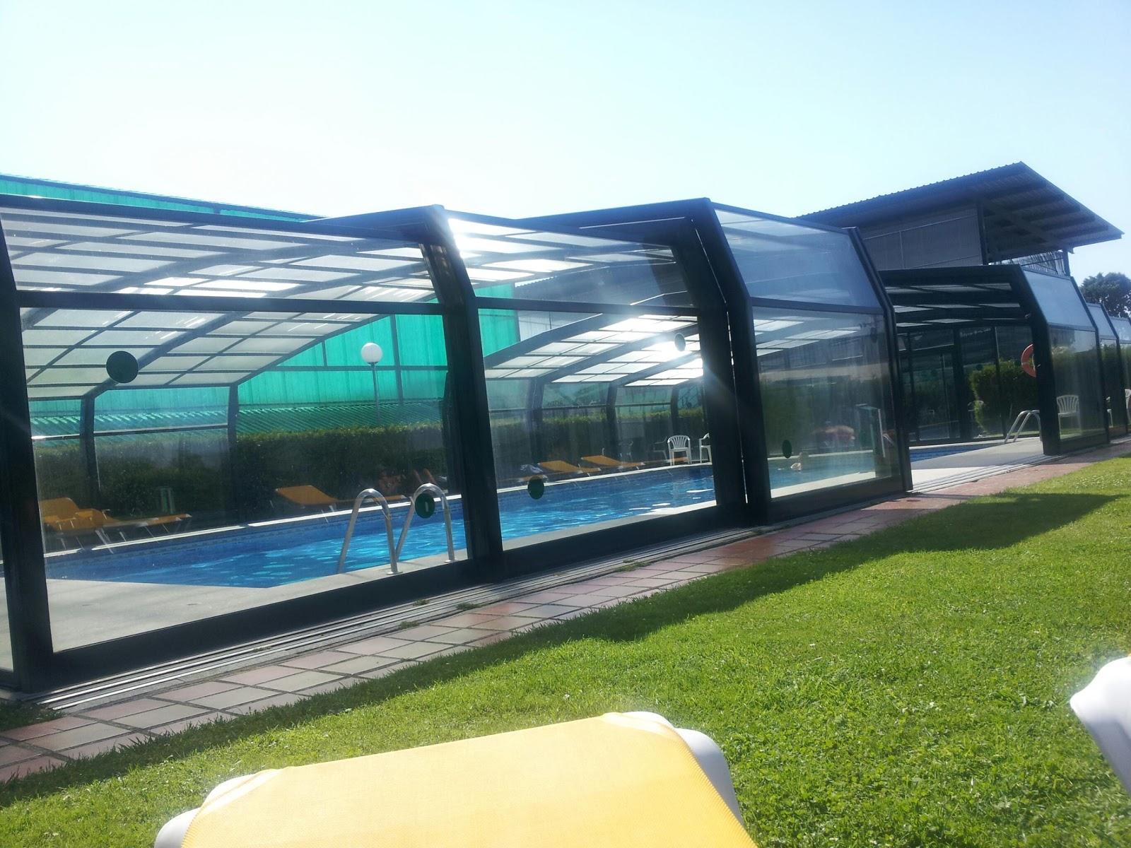 Asturies en moto galicia moto y verbena for Orgia en la piscina