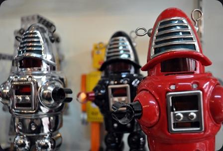 robot 2001