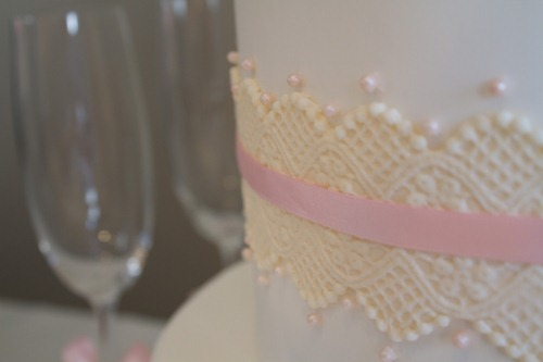Sugar Rose Wedding Cake-10