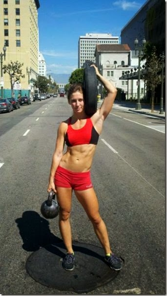 fit-girls-exercise-028
