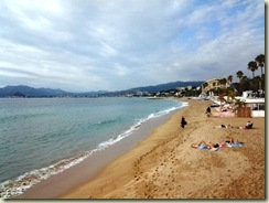 20121023 Beach at Cannes 1 (Small)