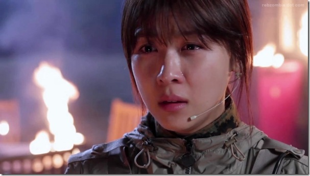 king-2-hearts-Ha-Ji-Won-crying