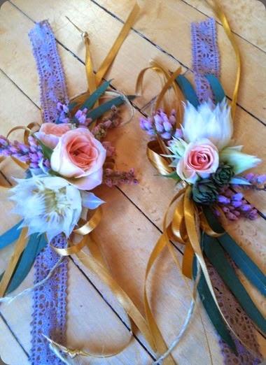 wrist corsages sara balmer the florista wri1544605_316949705122454_5653783480765273862_n