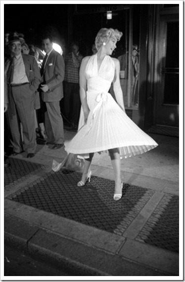 George_Zimbel_Marilyn_Monroe_Looking_Left
