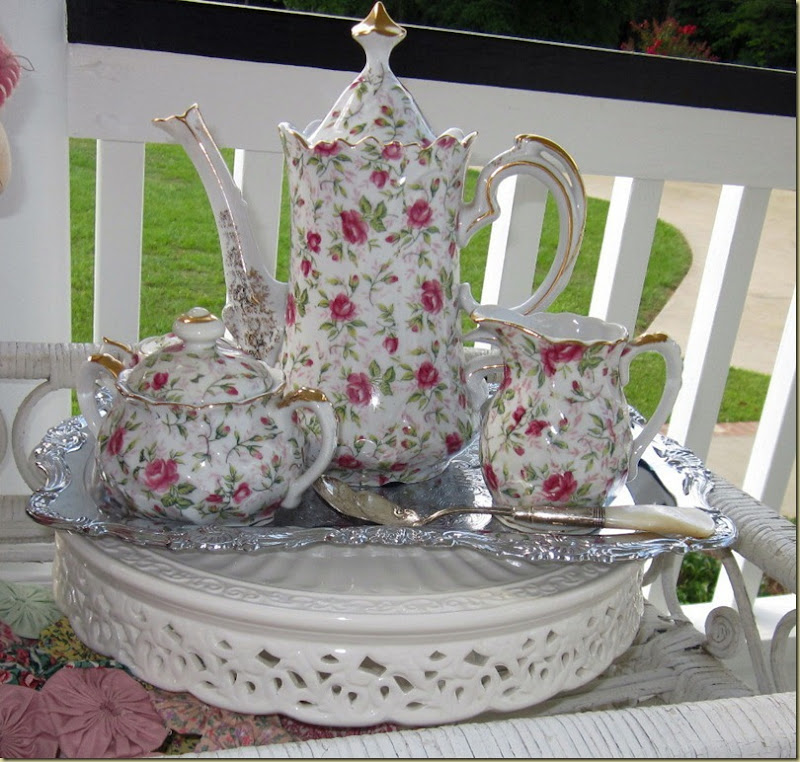 lefton chintz teapot