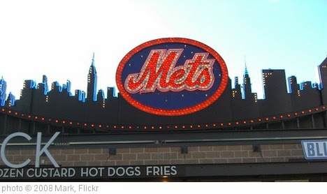 'New York Mets - NY Skyline at CitiField' photo (c) 2008, Mark - license: https://creativecommons.org/licenses/by-nd/2.0/