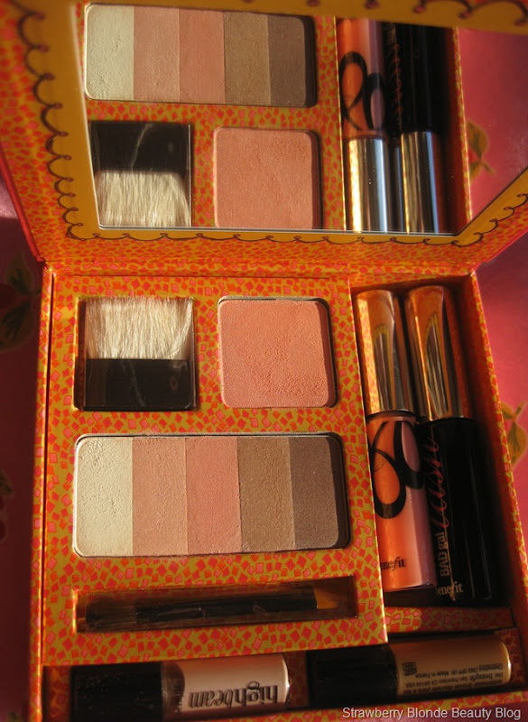 Benefit-Away-we-Glow-palette-kit