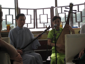Suzhou Boat Ride Musicians (Photo by Todd Kimmel)