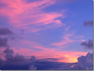 stockvault-beautiful-sky-and-cloud-formation109990