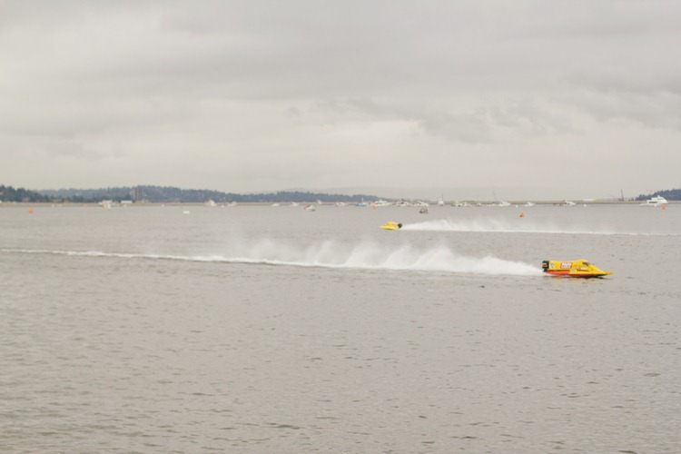 hydroplanes in action