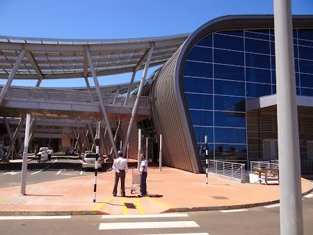 02. Aeroportul Mauritius.JPG