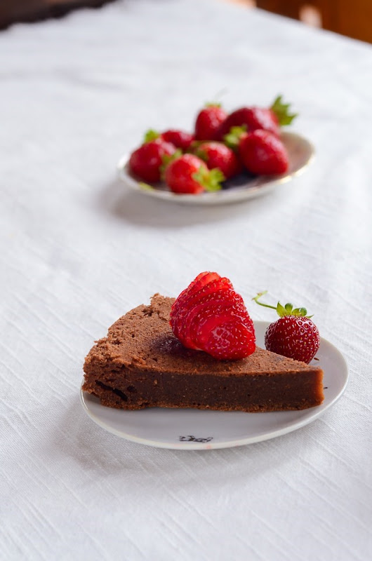 GF Garbanzo chocolate cake-0065