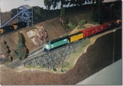 10 Lewis County Layout at GATS in Portland, Oregon in October 1998