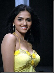 actress_sunaina_without_makeup_hot_stills