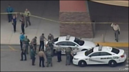 Movie Theater Shooting in Florida Over Leaves 1 Dead   View photo   Yahoo News