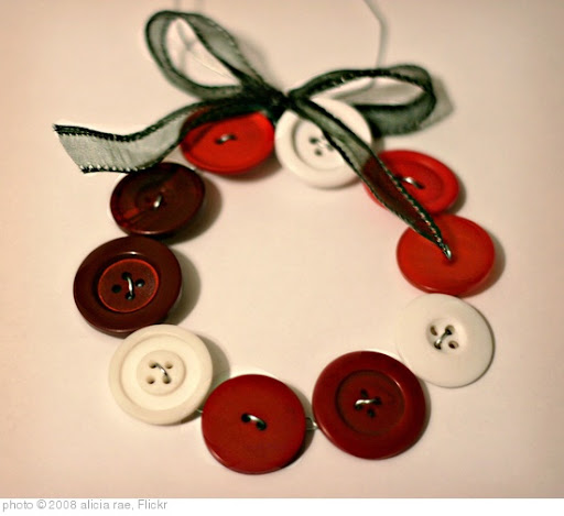 'homemade ornament' photo (c) 2008, alicia rae - license: http://creativecommons.org/licenses/by-sa/2.0/