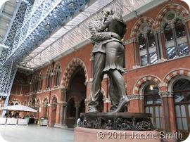 londonparisiceland2011 012